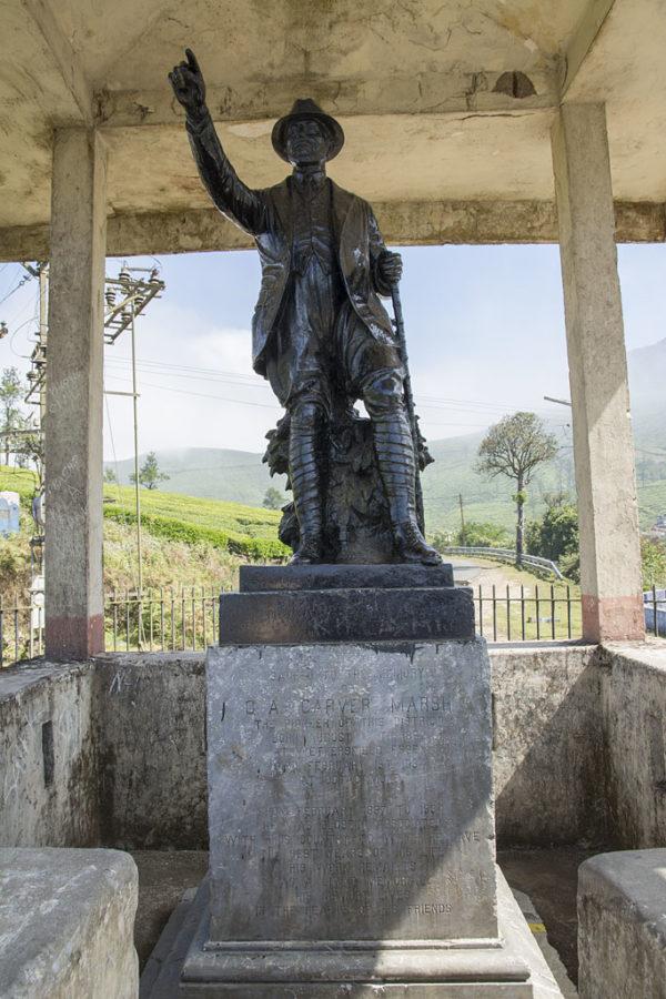 Statue - Valparai - Pollachi Route